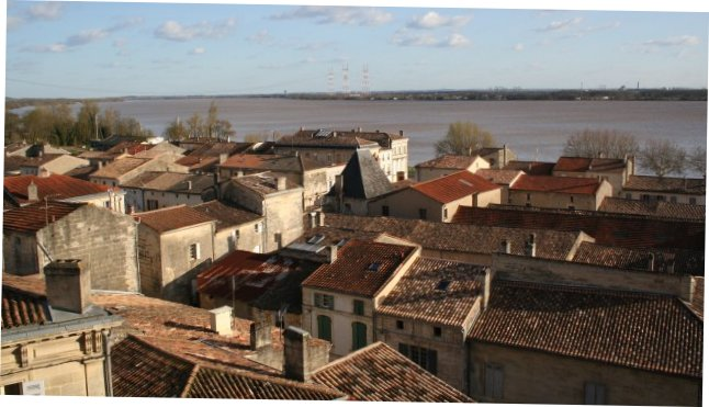 Bourg-sur-Gironde [commune]